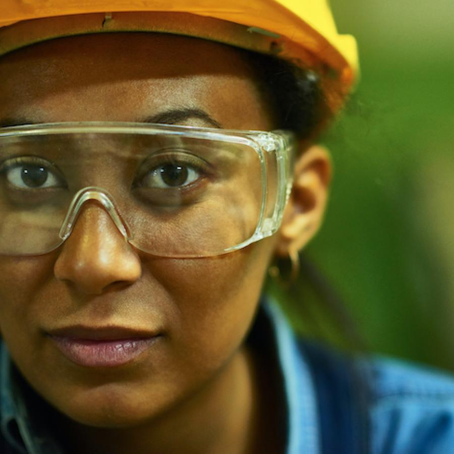 Portrait-of-female-worker