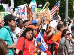 public://dem.immigration.protest.jpg